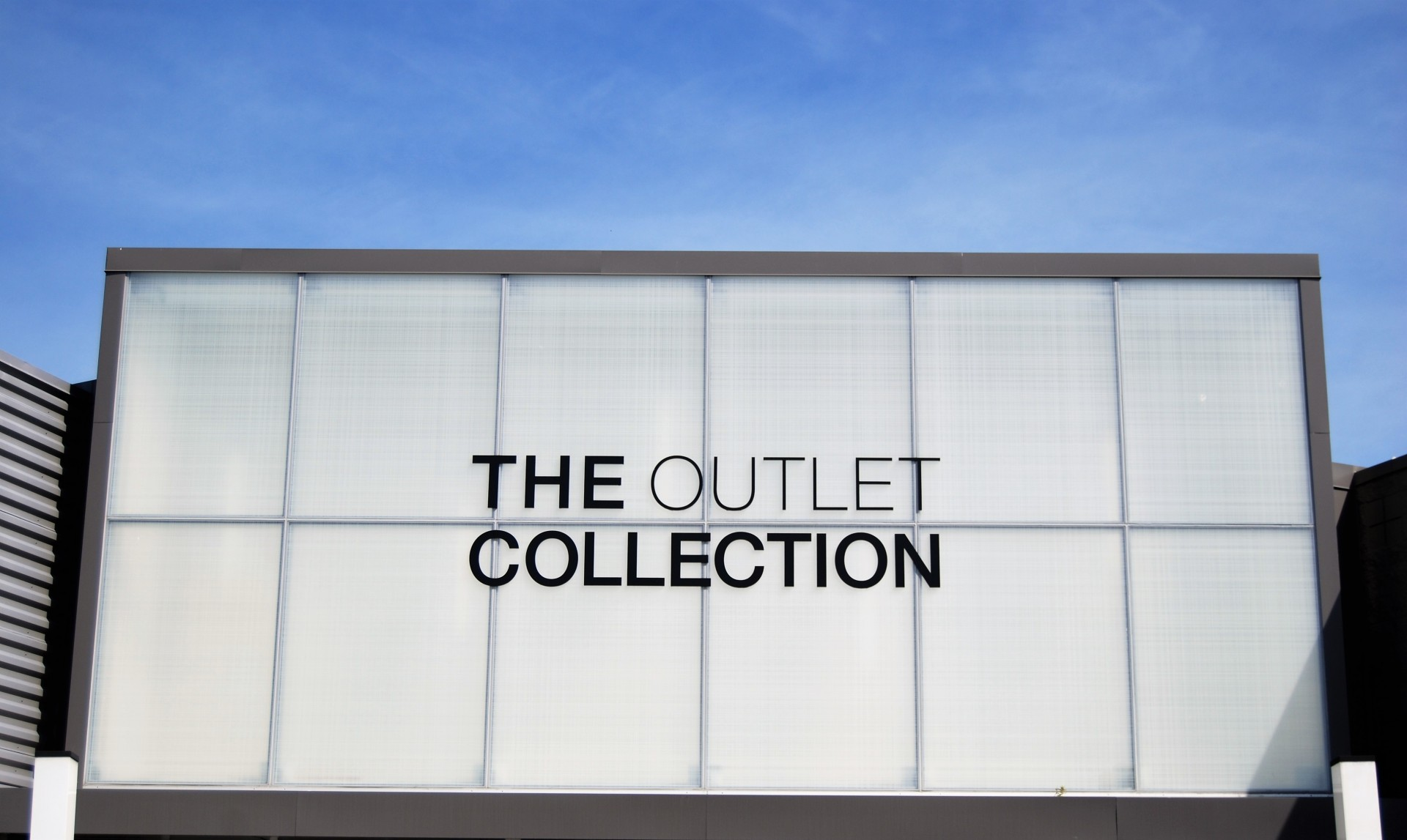 Outlet Collection 1
