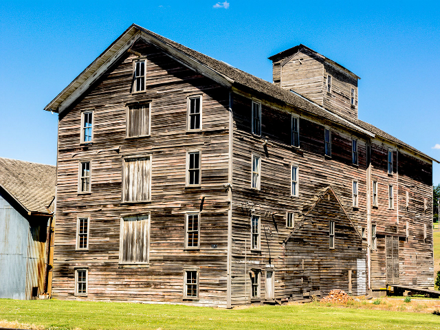 best historic tours in Washington State | Barron Flour Mill