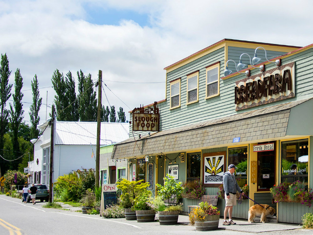 small towns to visit | Bow