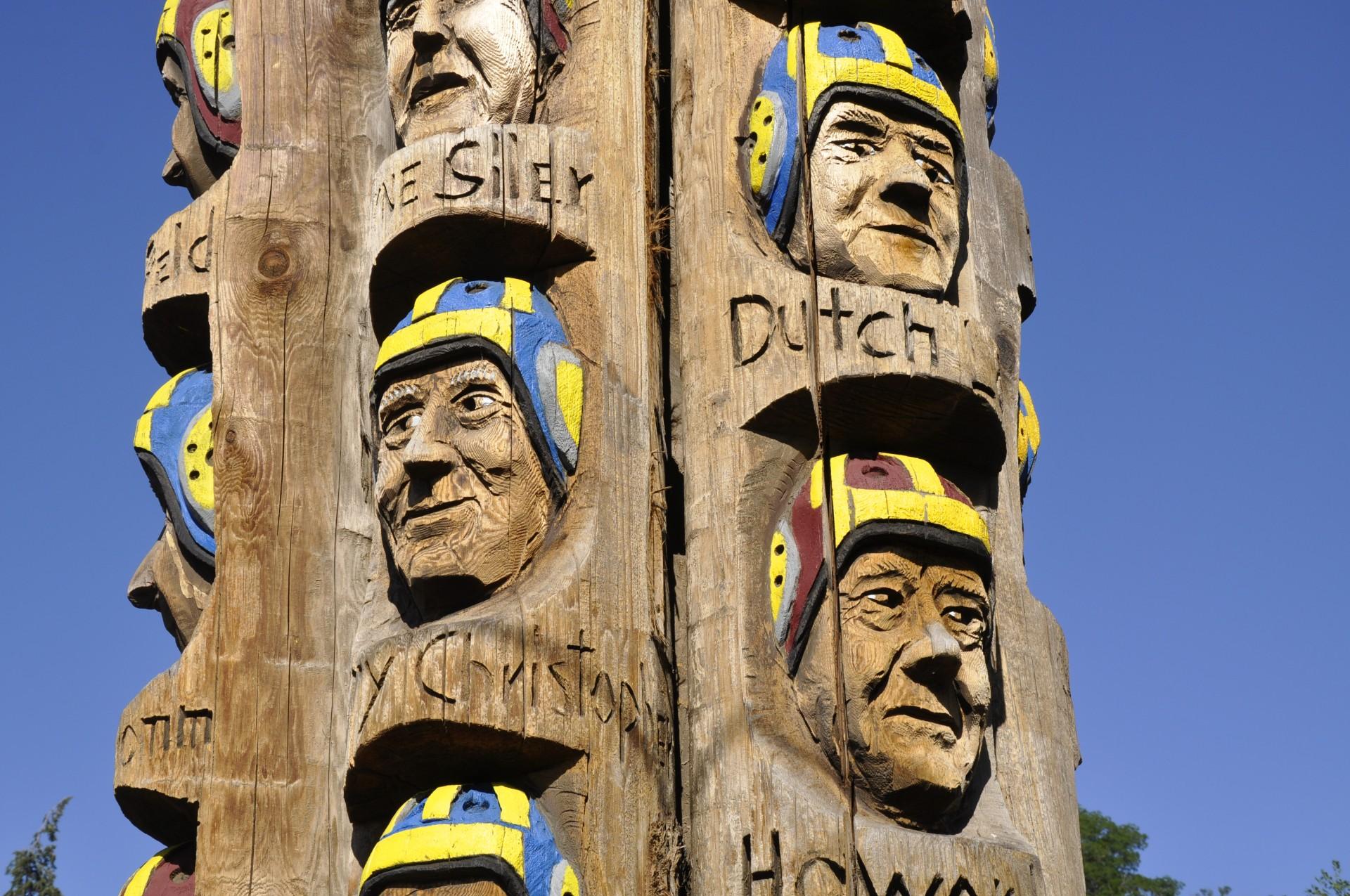 must see in Spokane   Codger Pole