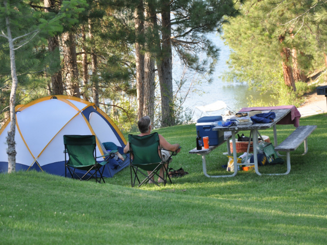 best camping sites in Washington State | Curlew Lake State Park