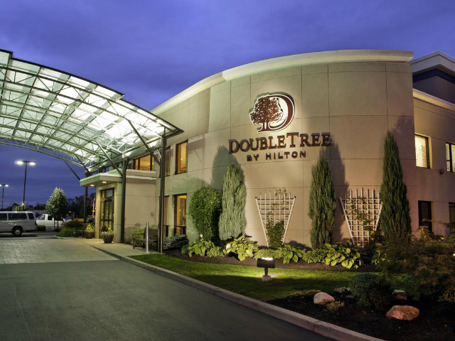 best hotels in Olympia