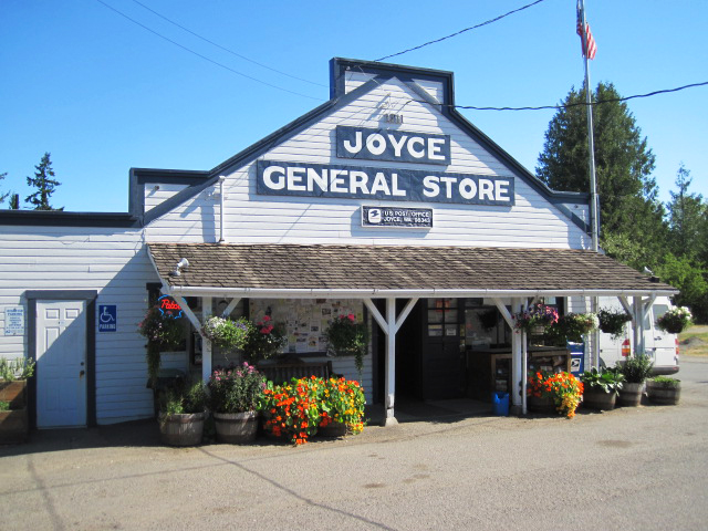 cute towns near Crescent Lake | Joyce