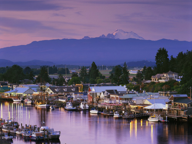 cutest towns in Washington State | La Conner