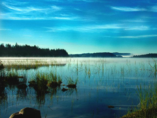 preetiest lakes in Washington State | Lake Ozette
