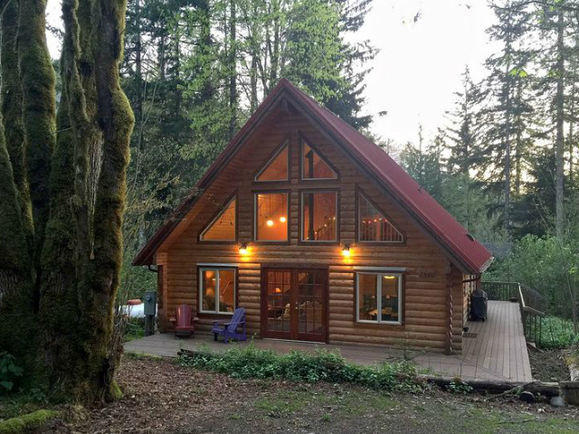 Scenic WA | Best Places to Stay at Mount Baker | Mount Baker Lodging