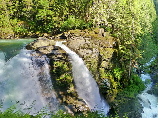 Scenic WA | Best Things to Do in Bellingham Washington | Nooksack Falls