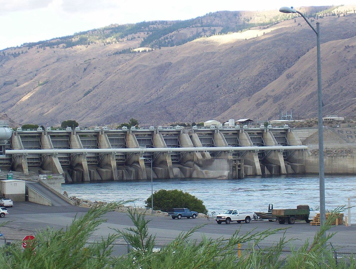 Best Places to Visit in Washington State | Rocky Reach Dam Visitor Center