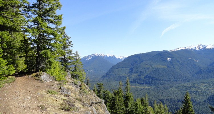 ScenicWA | 365 Things to Do in Washington State | Palisades Trail