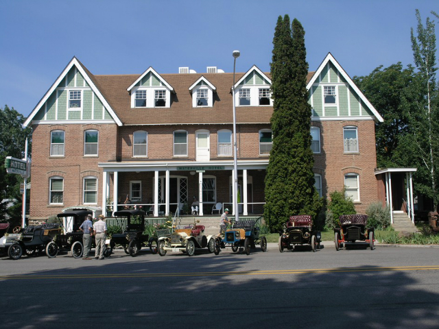 Waterville Historic Hotel 1