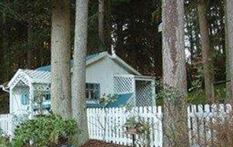 Victorian Rose #3   Cottage   $750.00