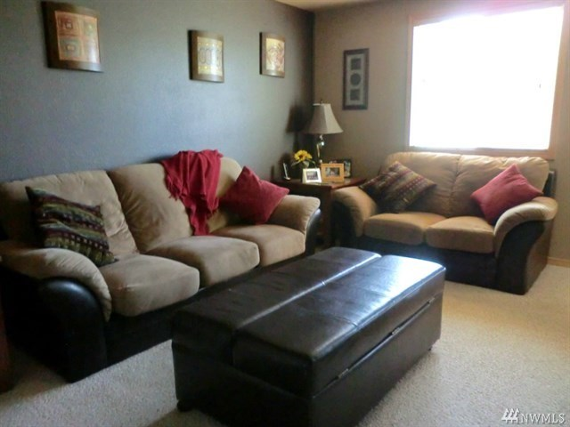 2 Lakeview Lp  $225,000 5