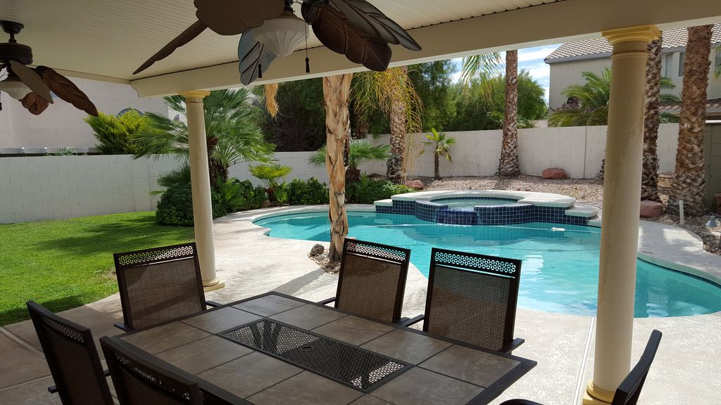 Palm Trees & Private Oasis with the Comforts of Home 12
