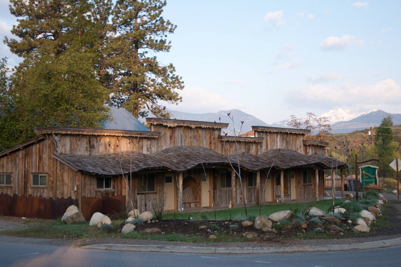 Bunk House Inn