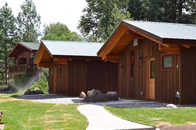 Chewuch Inn & Cabins