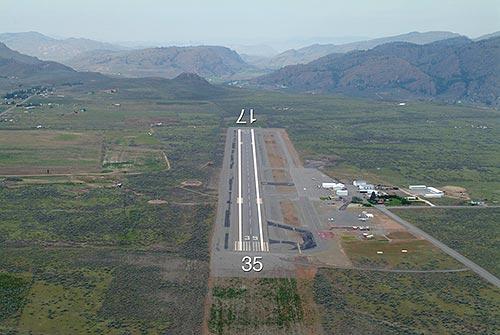 Omak Airport