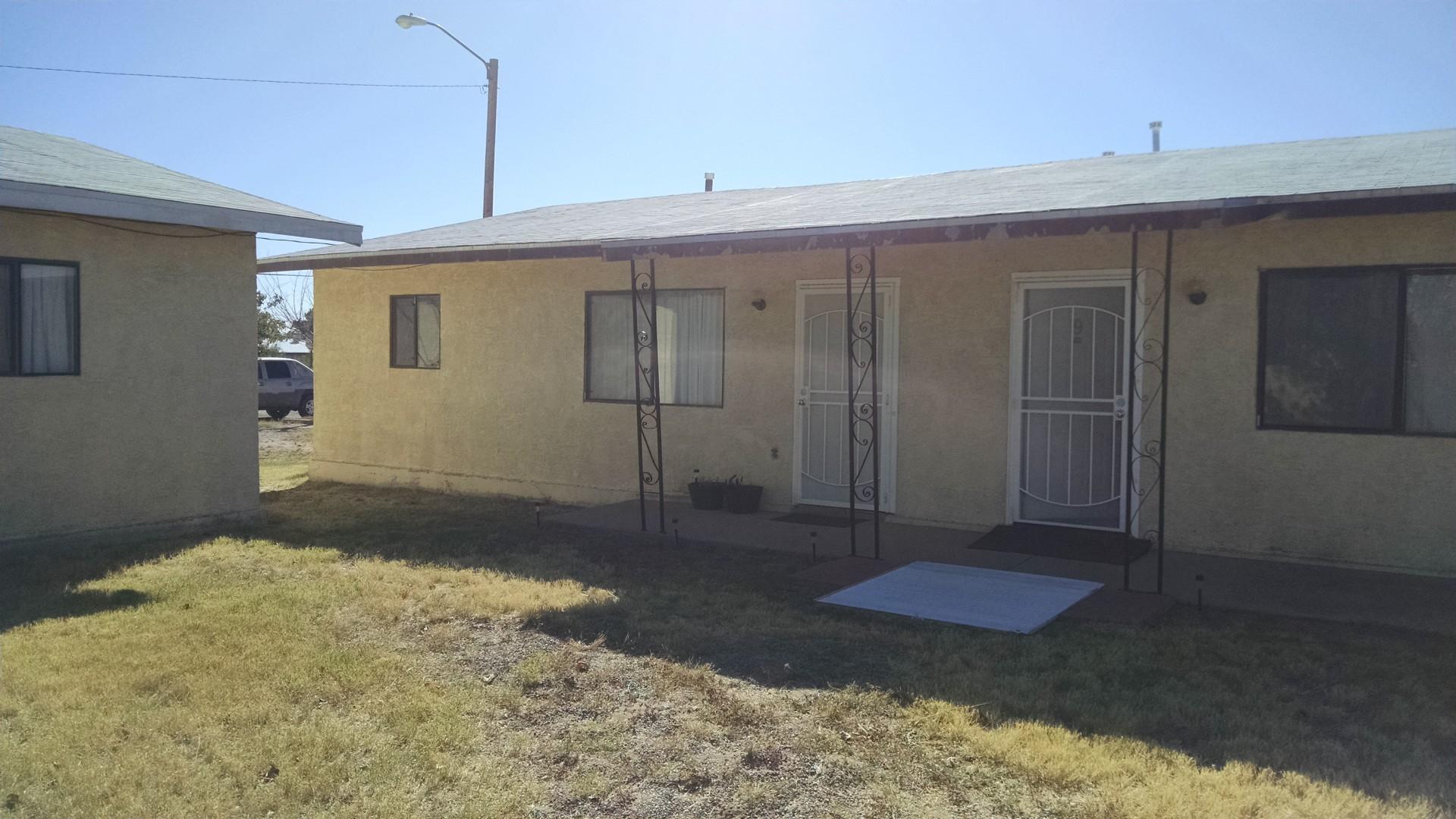 1201 S. Santa Fe. #8 - 2 Bed 1 Bath Duplex