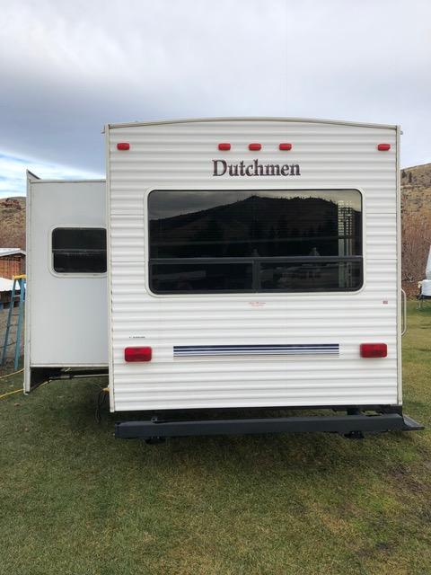 28' Dutchman Trailer 3
