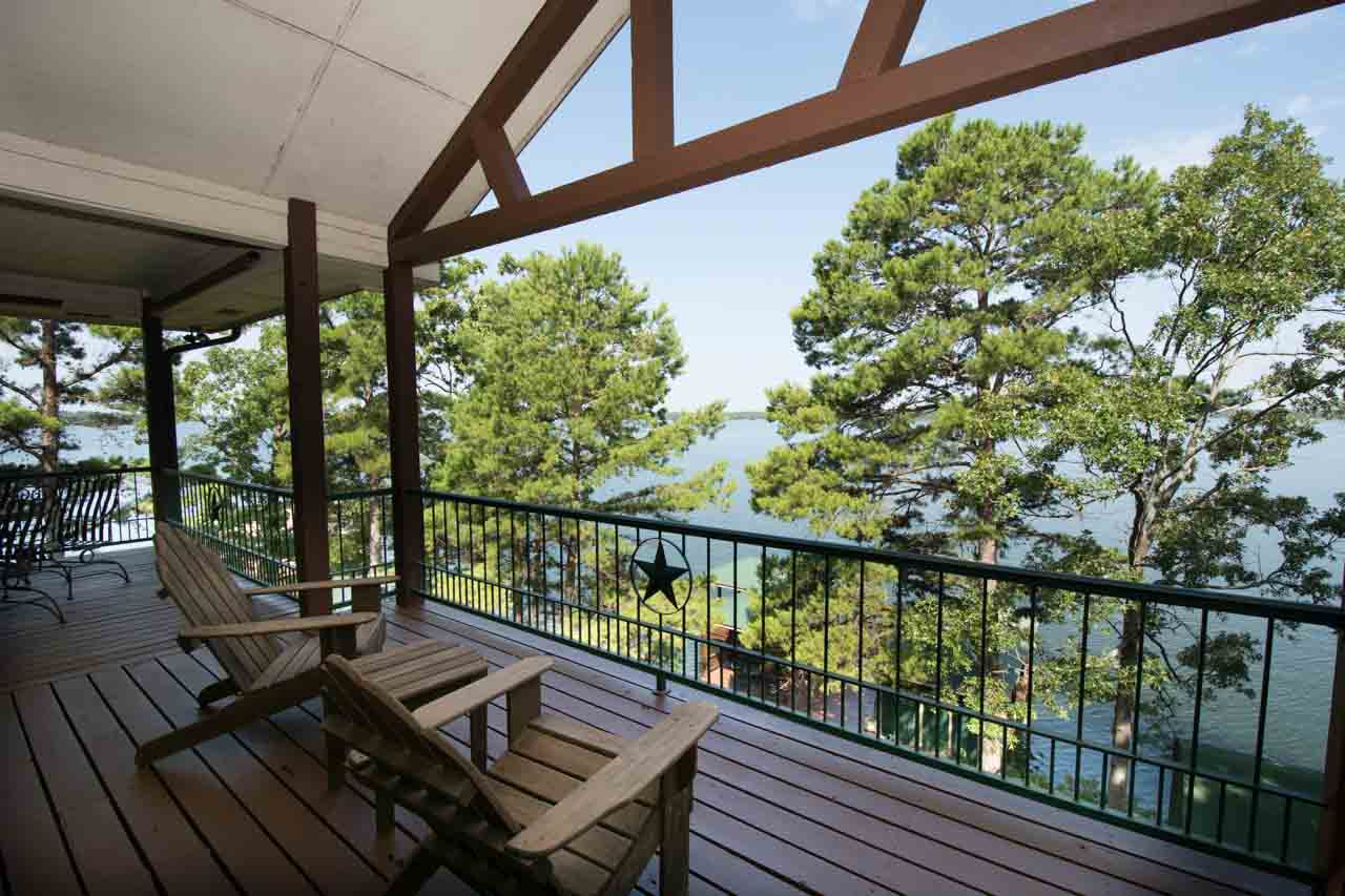 HR STUNNING VIEW OF LAKE BOB SANDLIN.  AMAZING SUNSETS! LOCATED ON A POINT LOT-188 FEET SHORELINE