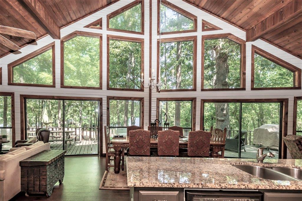 HV AMAZING CEDAR WATERVIEW MAIN LAKE IN PINE VALLEY ON LAKE CYPRESS SRINGS.  SPECTACULAR VIEW.